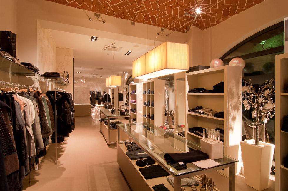 illuminazione interna negozio