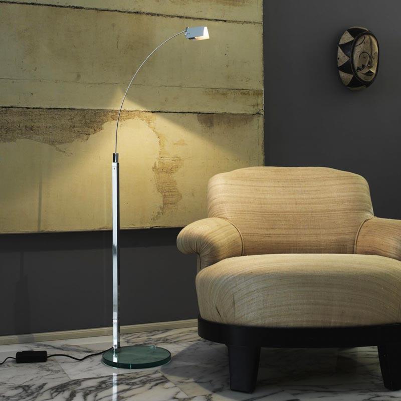 cignoli-elettroforniture-illuminazione-luce-design-fontanaarte-piantane-6