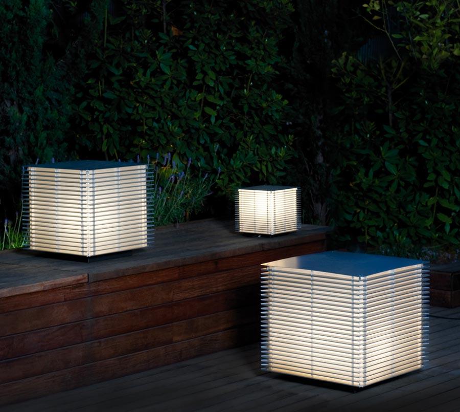 5-piantane-surreali-del-brand-Metalarte-cignoli-elettroforniture-pavia-casteggio-illuminazione-3