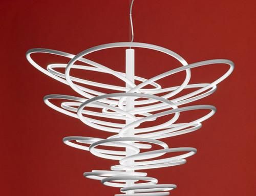 5 lampade a sospensione Flos spaziali