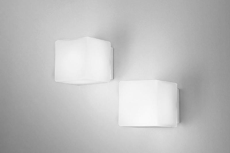 Canali-di-luce-5-lampade-da-parete-Zafferano-Italia-2