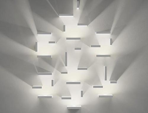 Lampade da parete Vibia: scintille ordinate
