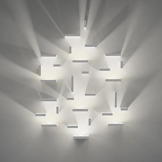 Lampade-da-parete-Vibia-scintille-ordinate-cignoli-elettroforniture-pavia-casteggio-voghera-1