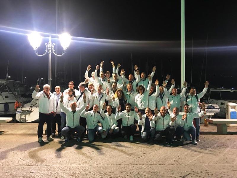 Team-Building-nella-splendida-cornice-Isola-Elba-cignoli-elettroforniture-illuminazione-luce-automazione-installazione-casteggio-pavia-5