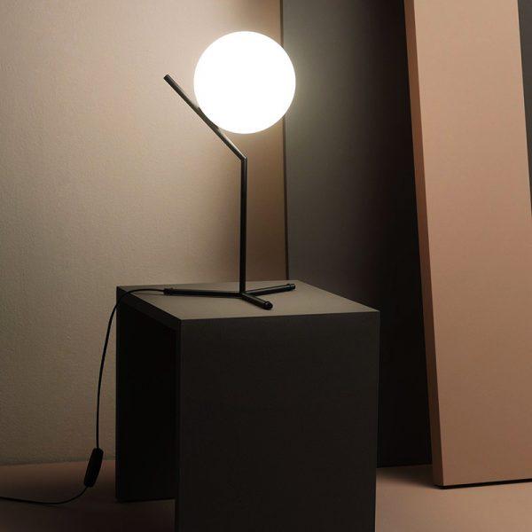 ic-t1-high-flos-lampada-tavolo-cignoli-elettroforniture-casteggio-pavia-1